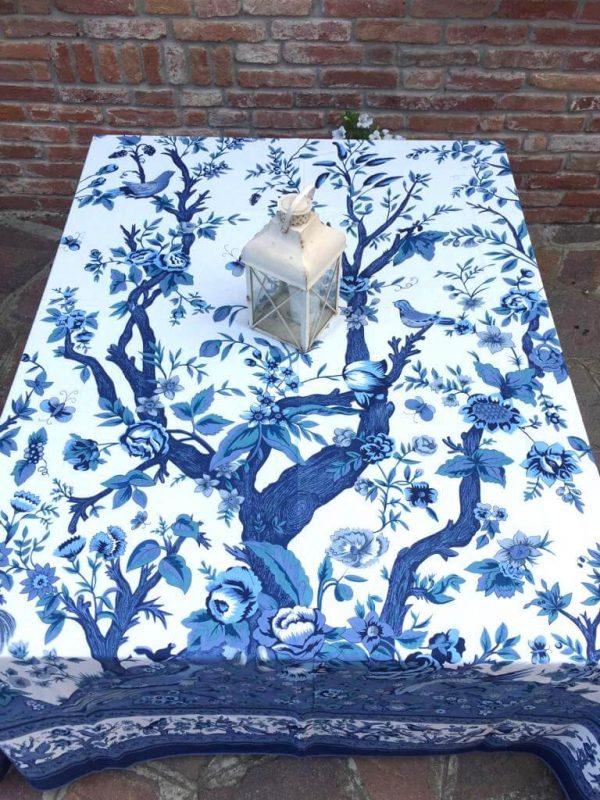 Dettaglio mezzero blu albero della vita