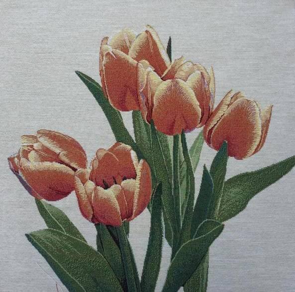 Dettaglio trittico con tulipani